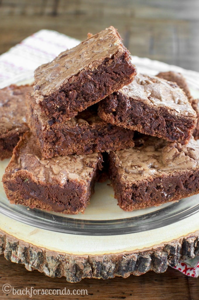 Chewy Chocolate Nutella Cookie Bars - Fudgy, chocolate heaven!
