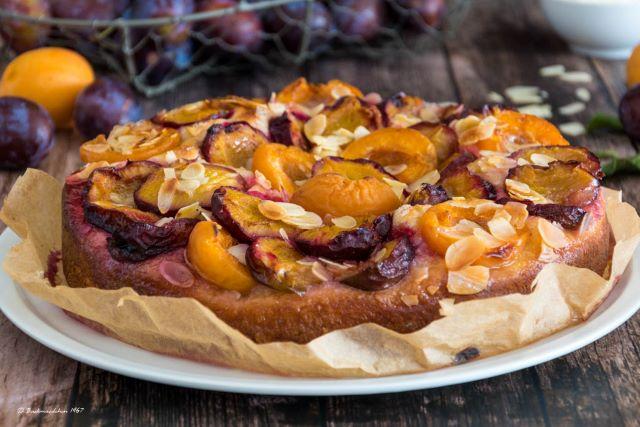 Aprikosen-Zwetschgen Butterkuchen