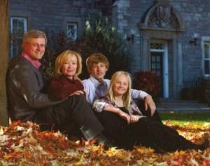 stephen-harper-and-family