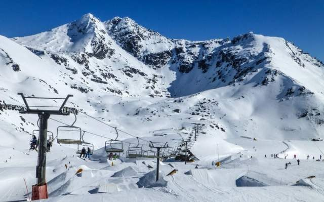 Snowboarding the remarkables new zealand - Go backpacking in New Zealand
