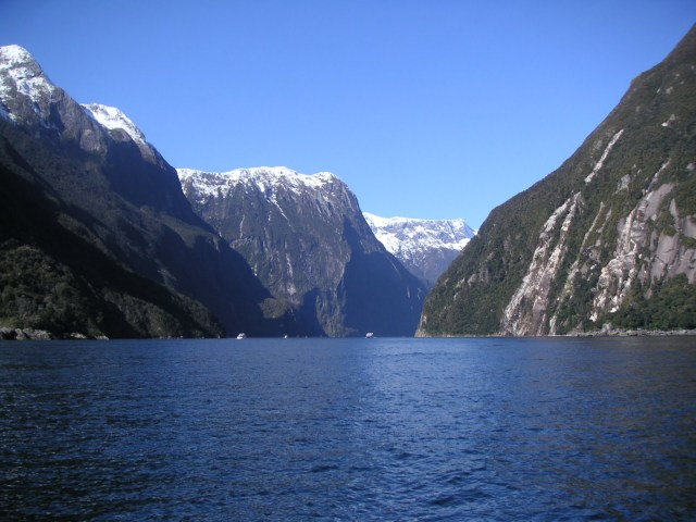 Milford Sounds New Zealand view