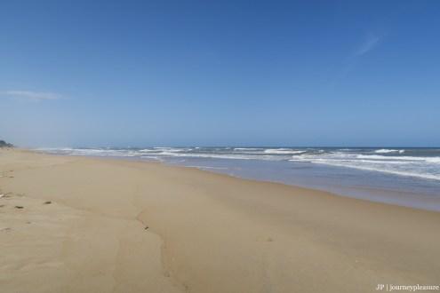 Thuan An Beach – der Blick nach vorne auf das Meer: traumhaft schön, der Blick nach hinten zeigt jedoch das Müll-Gesicht von Südost-Asien