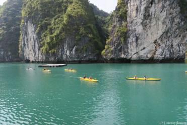 Cat Ba / Halong Bay – Kayak-Tour