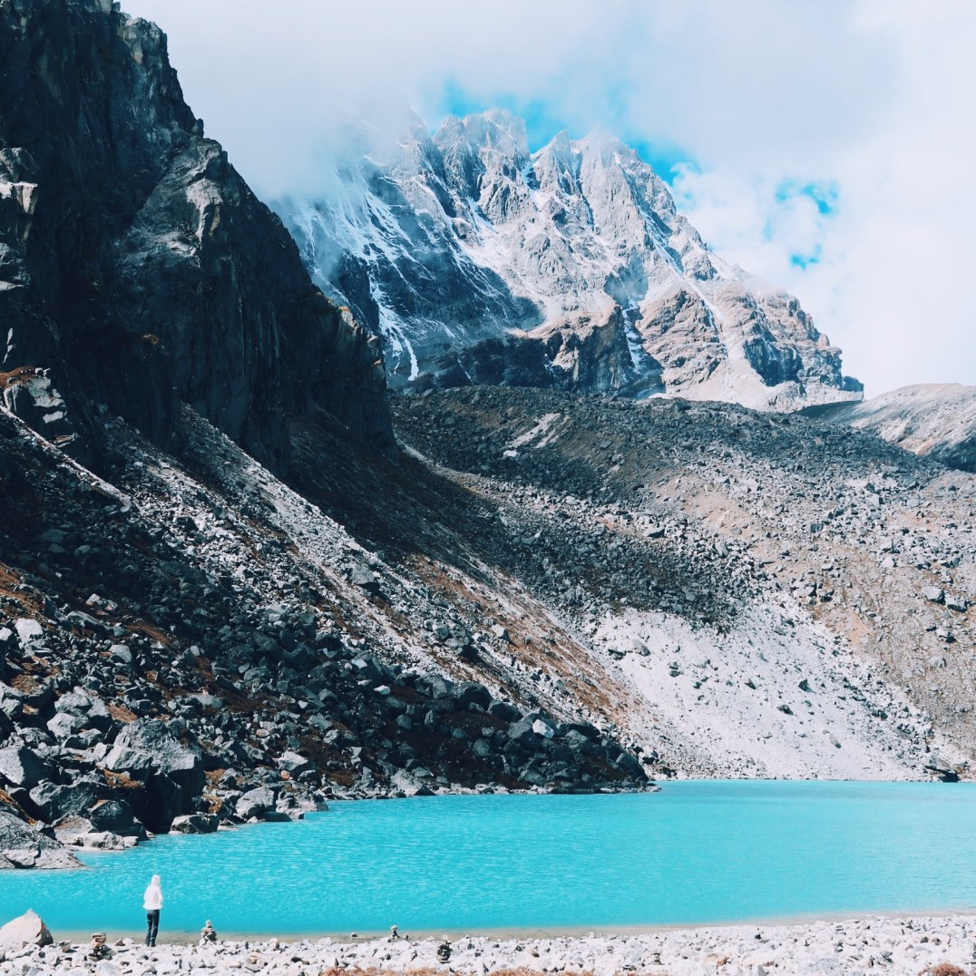 Turquoise blue water of the Gokyo lakes