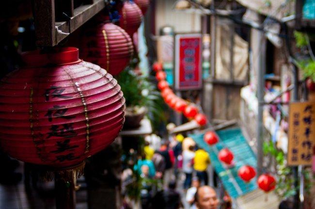 Backpacking in chinesischer Straße