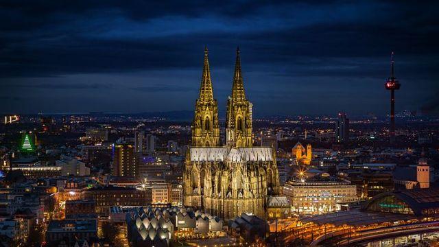 632年の歳月をかけて造られたケルン大聖堂