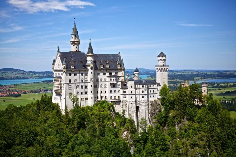 フュッセン最大の見どころ「ノイシュヴァンシュタイン城」