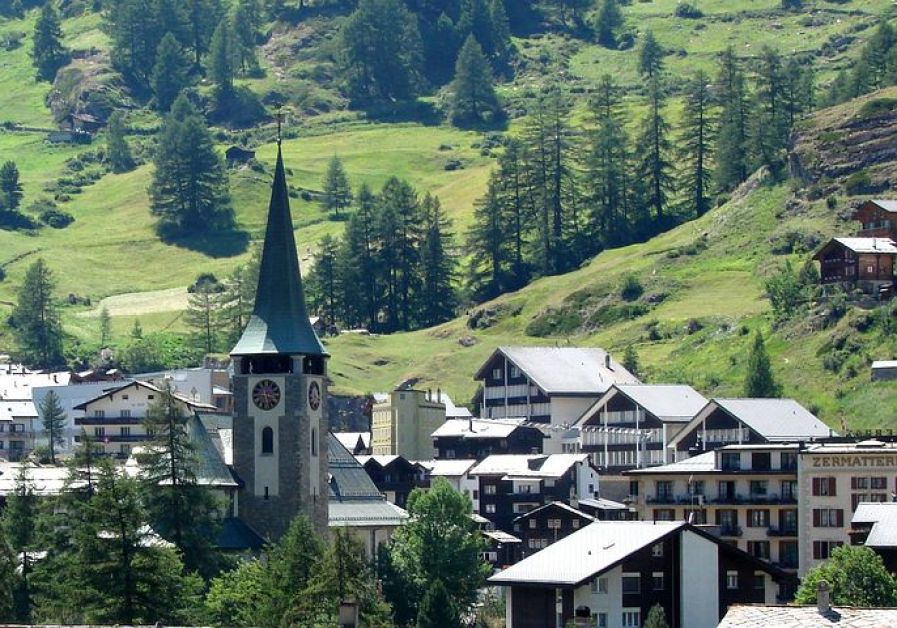 世界有数の山岳リゾート「ツェルマット」