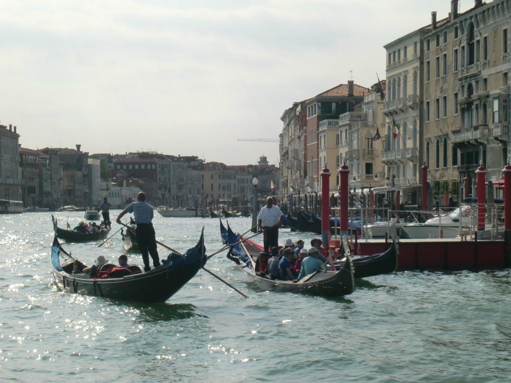 ヴェネチアは、町全体が世界遺産として登録されています