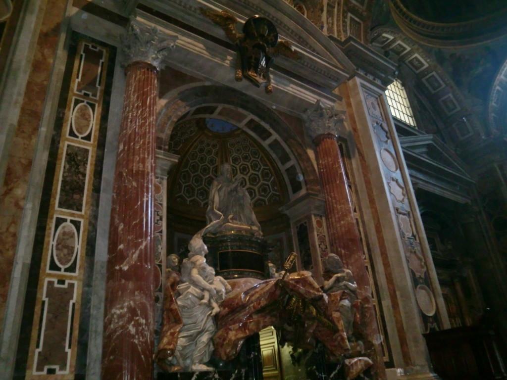 アレクサンドル7世の墓碑ベルニーニの最晩年の作品。