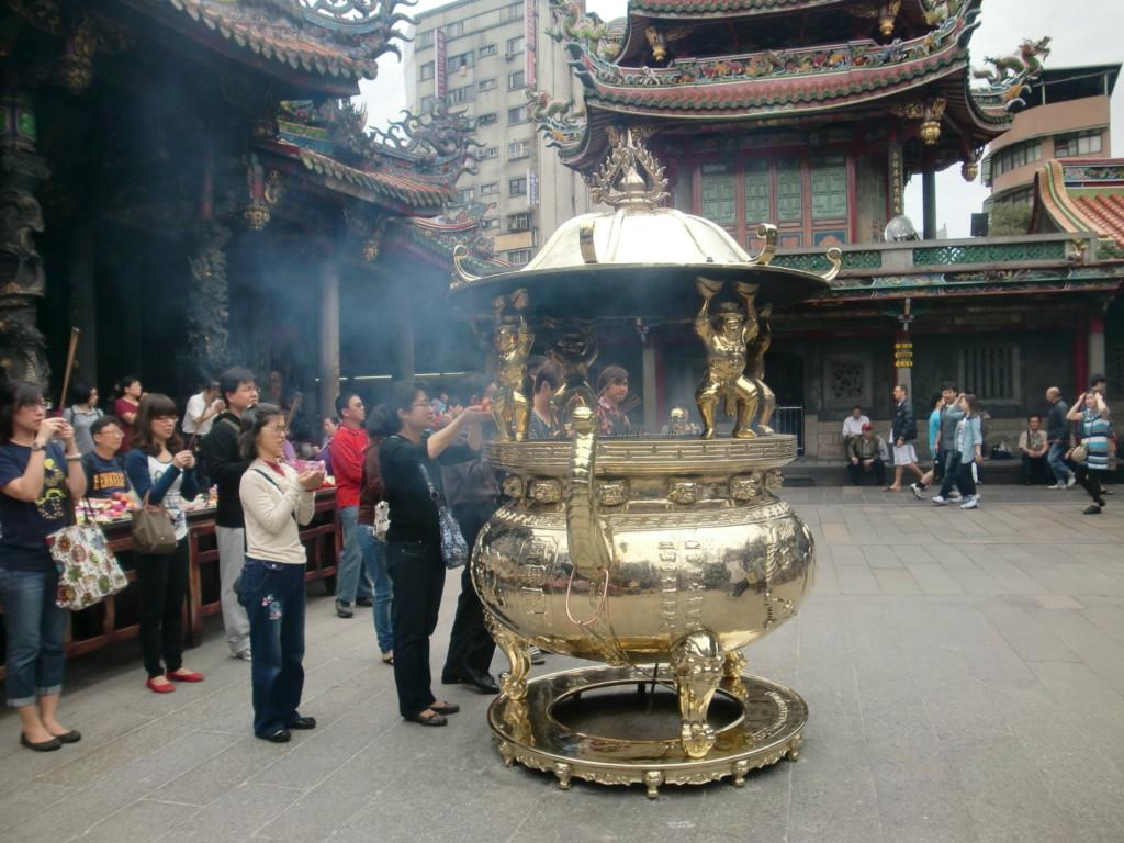 台北最古の仏教寺院『龍山寺』