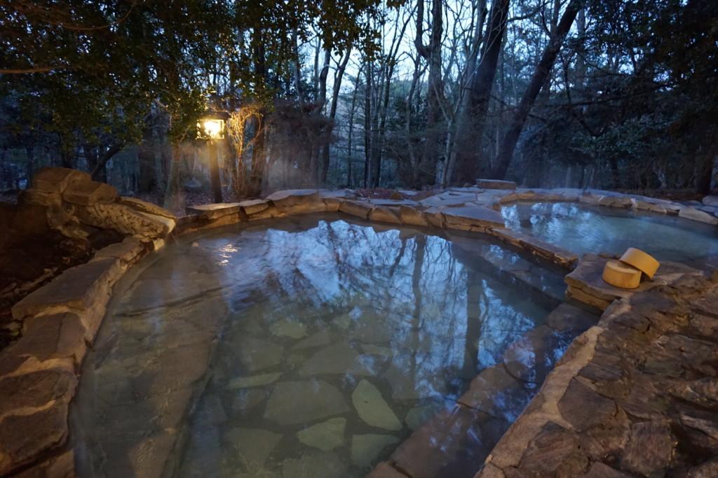 旅行人山荘の赤松の湯