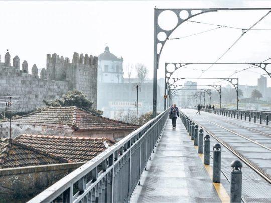 porto in one day dom luis bridge