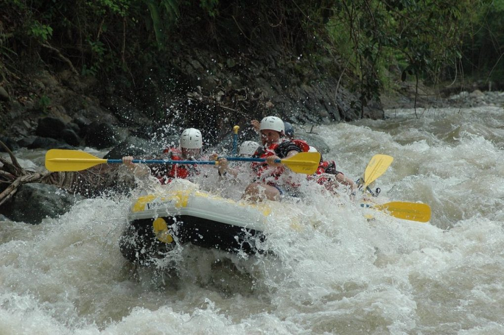 rafting in bardo