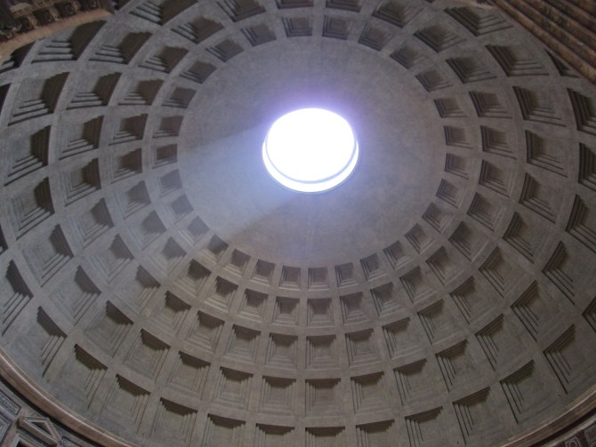 The hole in the Pantheon's roof