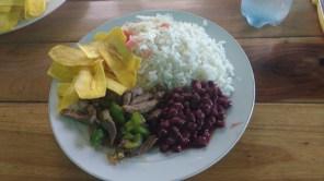 Standard Nicaraguan almuerzo