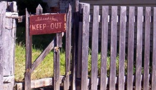 Keep out fence