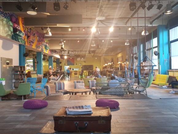 The lounge at Abraham Hostel Tel Aviv