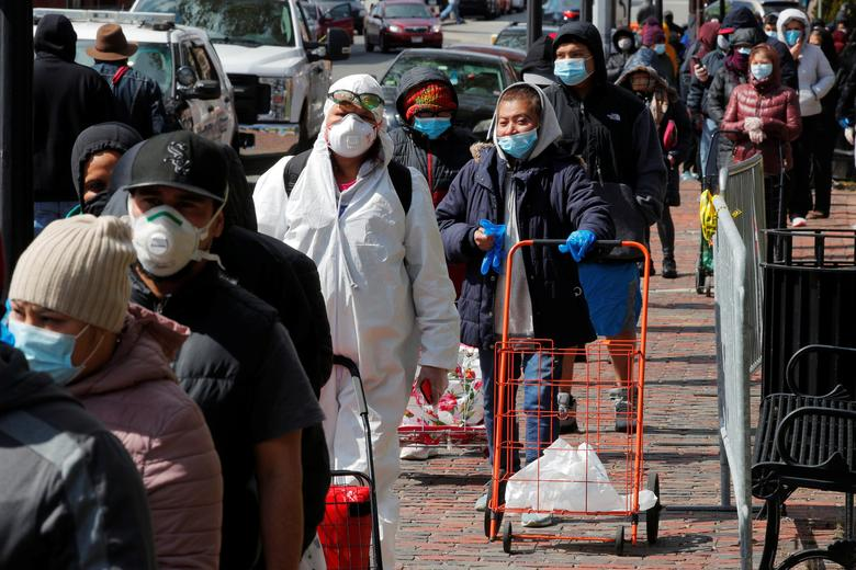 'People are going to go hungry': pandemic effects could leave 54m Americans without food