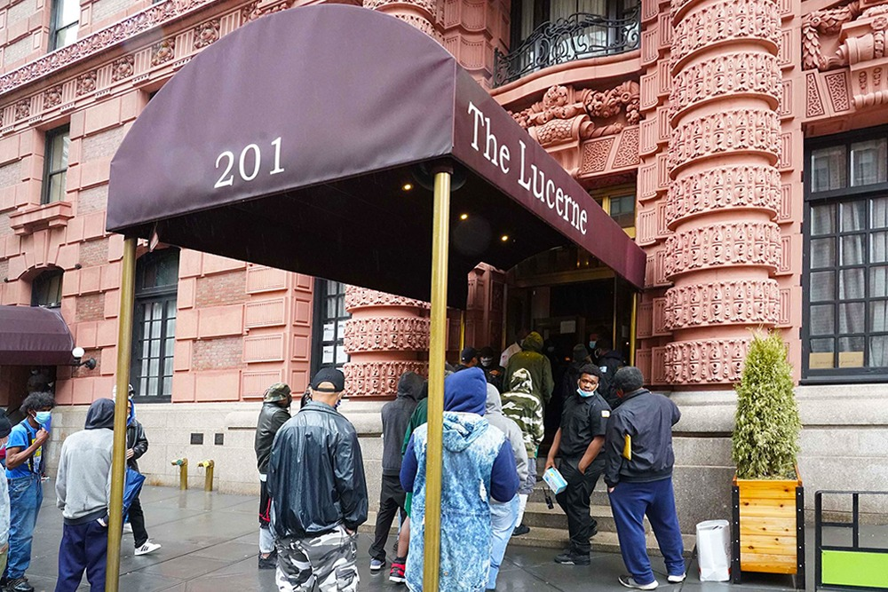 Homeless Men Allegedly Offered Food, Money If They Signed Papers Saying They Want To Leave Upper West Side Hotel