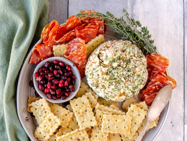 paleo cheese ball