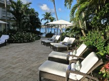 Lounges Where You Can Relax And Enjoy The Sun