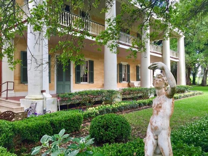 Houmas House and statue
