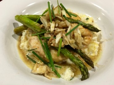 chicken breast, asparagus and mashed potatoes