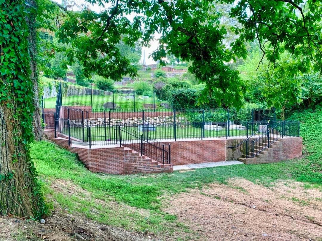 Allman graves Rose Hill Macon GA - Explore History and Music in Macon, Georgia