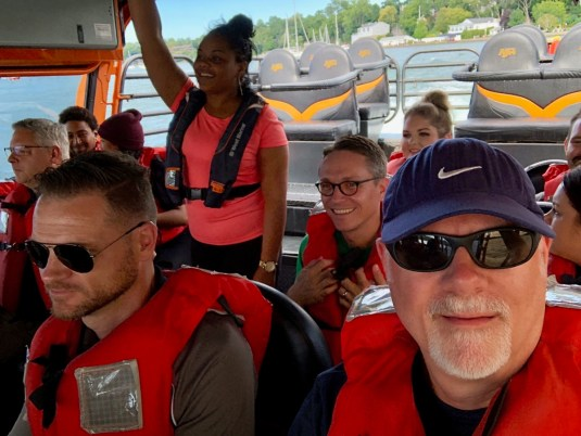 passengers on Niagara jet boat