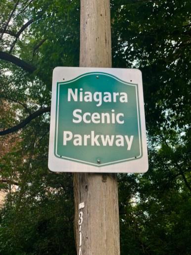 Niagara Scenic Parkway sign