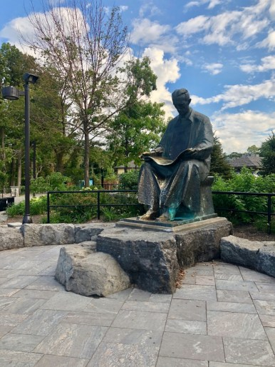 Nikola Tesla monument at Niagara Falls