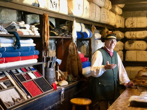 shopkeeper reenactor - 3 Awe-Inspiring Niagara Falls USA Attractions
