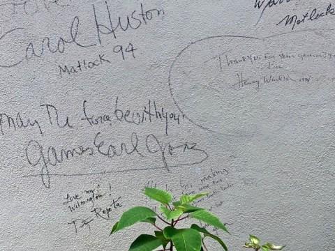 Autograph Wall in Public Marker James Earl Jones Henry Winkler Old Wilmington City Market