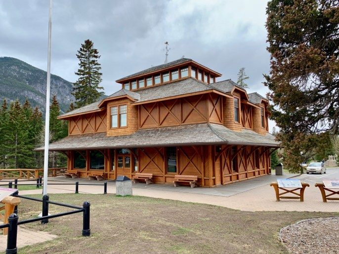 Banff Park Museum - The Best Sites & Activities for a Town of Banff Adventure