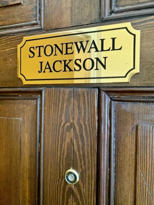 Hampton Inn Col Alto Stonewall Jackson Door