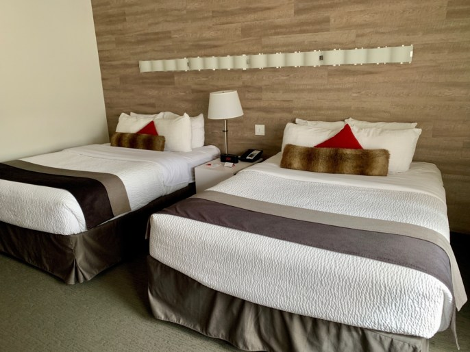 Elk Avenue Hotel Room - The Best Sites & Activities for a Town of Banff Adventure