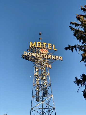Downtowner Motel neon sign Flagstaff