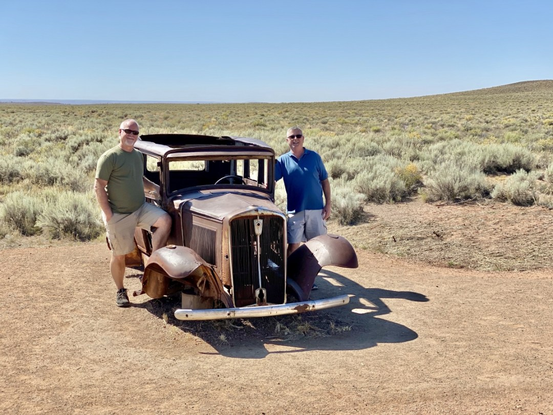 Route 66 1932 Studebaker - Drive the Painted Desert & Petrified Forest National Park