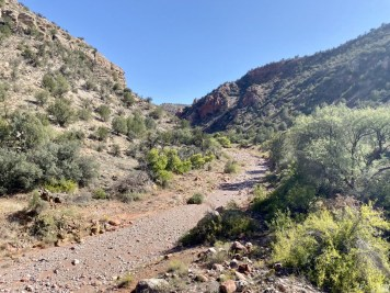 Dry stream bed - Ride Arizona's Verde Canyon Railroad
