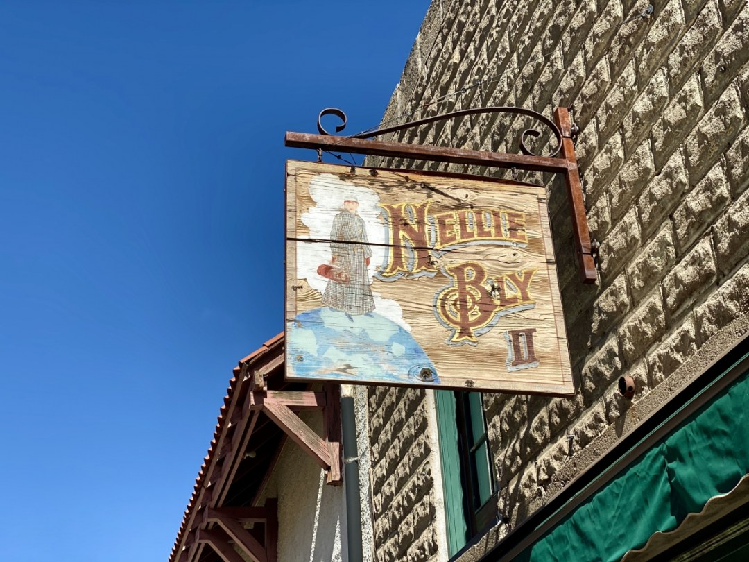 Jerome AZ Nellie Bly sign - 7+ Amazing Attractions in Verde Valley AZ
