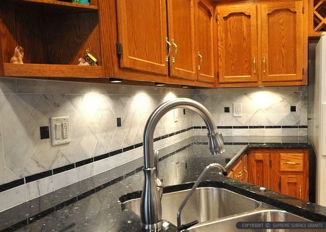 black countertop white marble backsplash tile - Pictures Of Kitchen Countertops And Backsplashes
