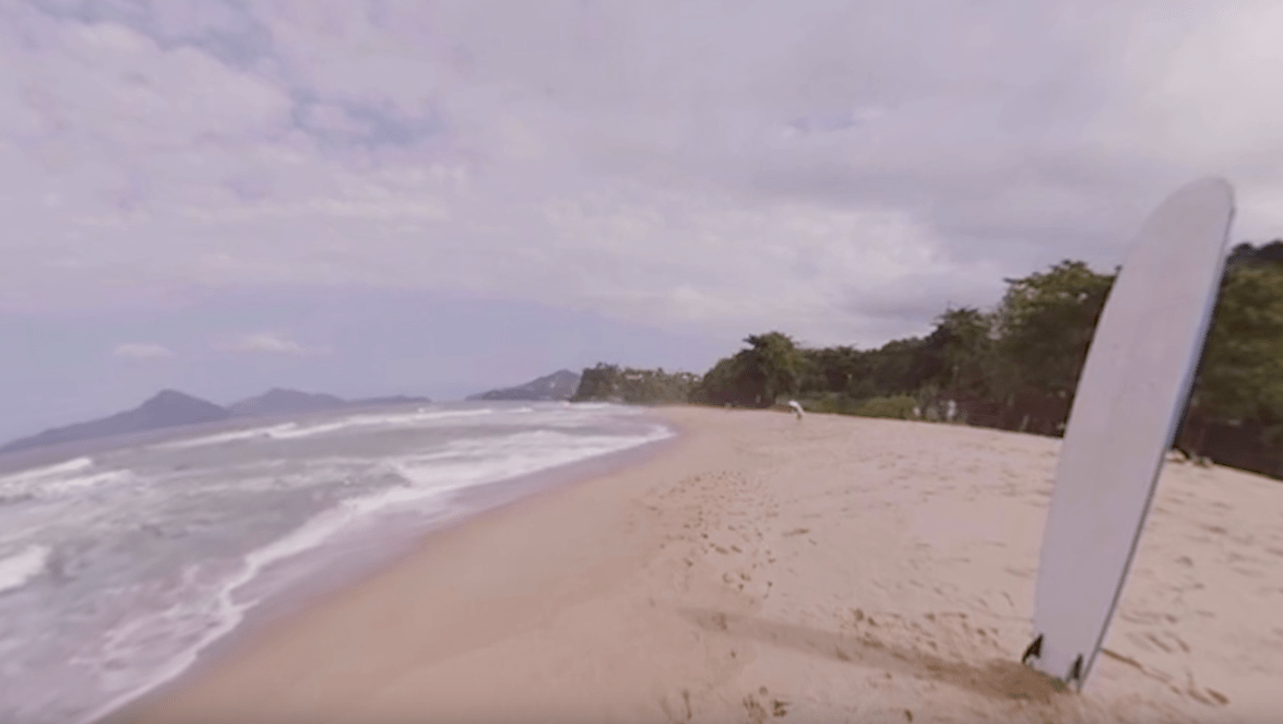 In the Beach – 360° Experience (Vídeo)