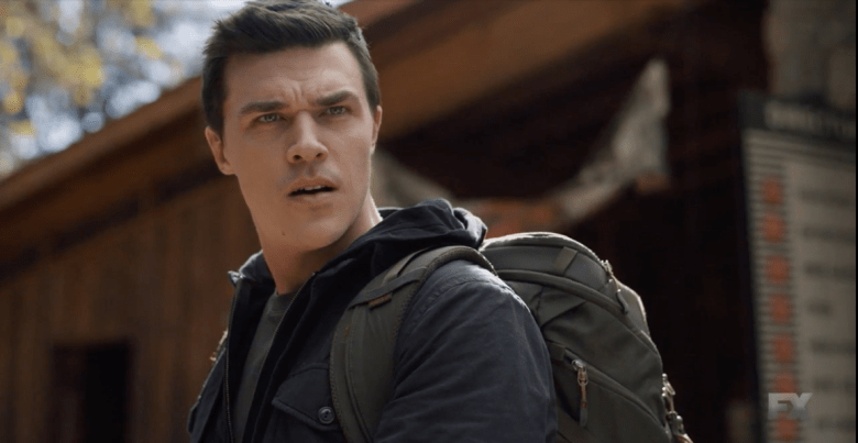 Finn Wittrock portraying Bobby Richter.