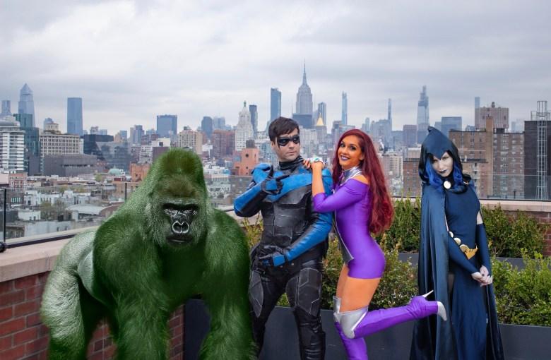 Beast Boy, Nightwing, Starfire, and Raven.