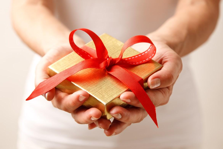 destul de dragut pe focuri de picioare cel mai ieftin pret Dăruiți cadouri de Crăciun care să aducă bucurie, nu doar să vă ...