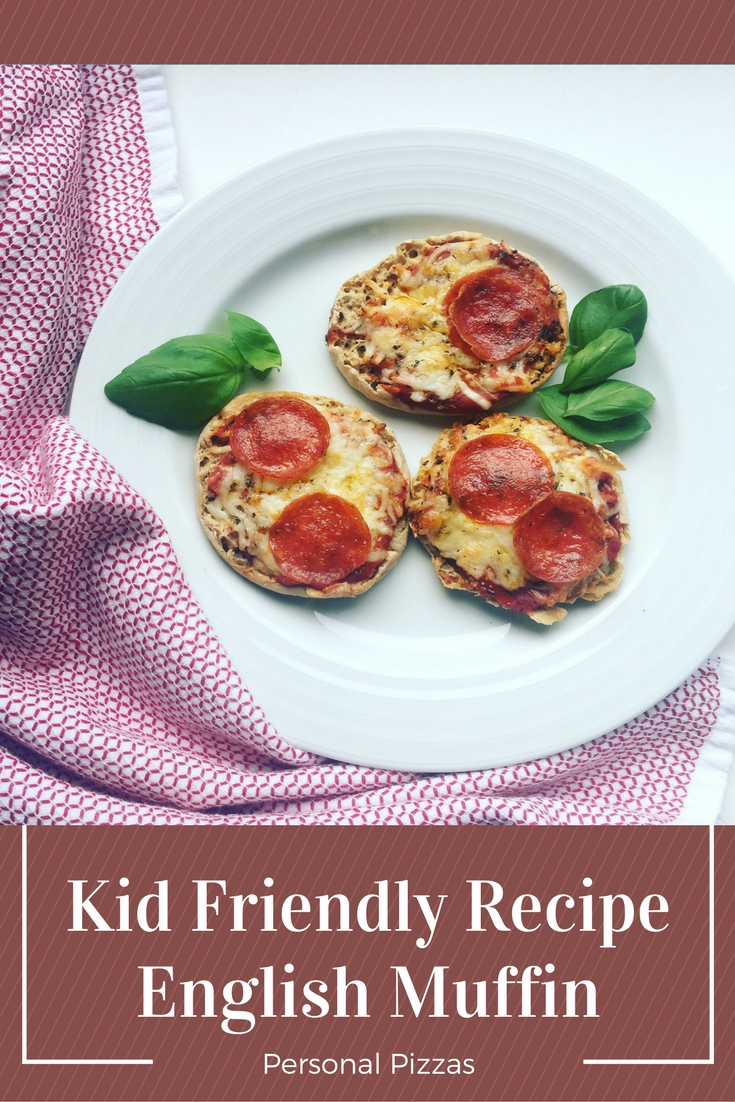 Easy Kid Friendly Recipes - English Muffin Personal Pizza - BackwardsNHighHeels