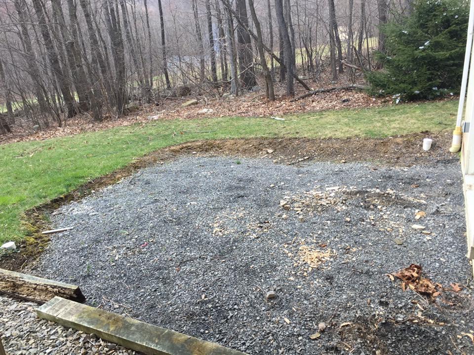 Our-Backyard-Renovation_Before_BackwardsNHighHeels 3