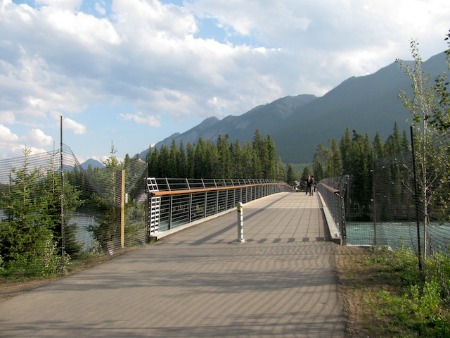 3 - bow-river-banff