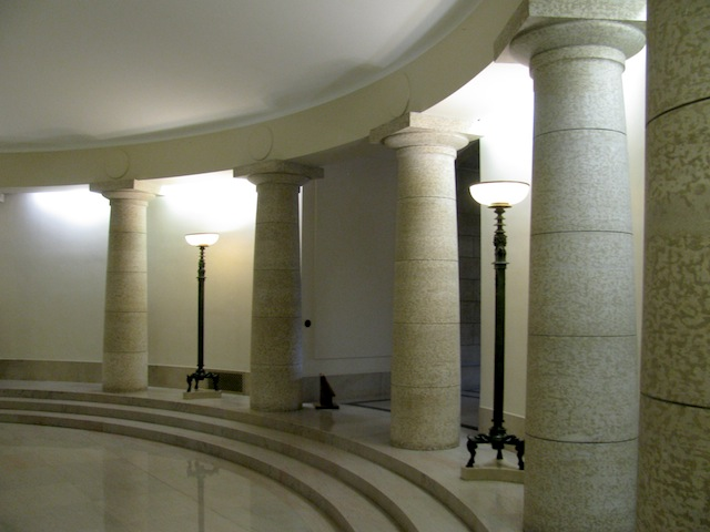 7 - manitoba_legislative_building